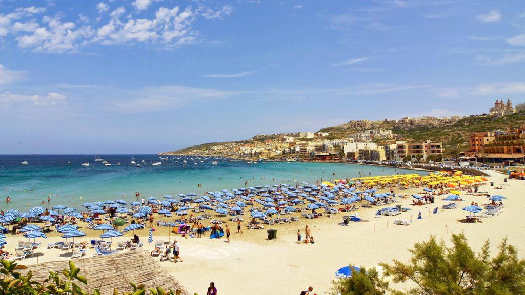 playas malta bandera azul