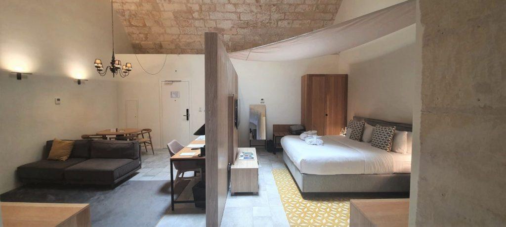 hoteles negocios malta